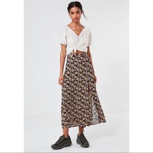 UO Floral button down maxi skirt